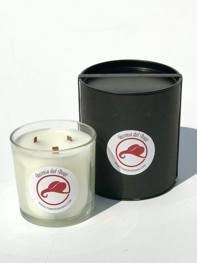 candela profumata fioreriaroma candle incenso del doge