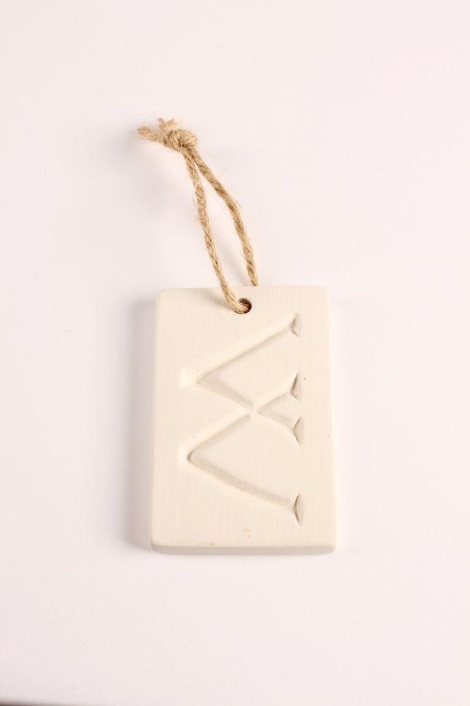 lettera in gesso profumata lorenzo dante ferro design Morris Marigo